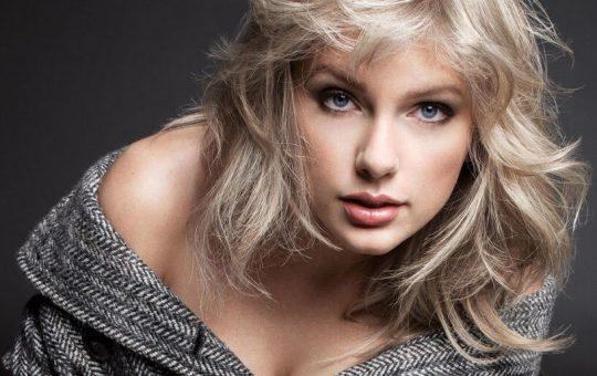 Taylor Swift Tweet Slams Trump