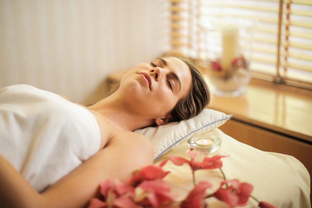 Beauty-How a Spa Visit Can Help You