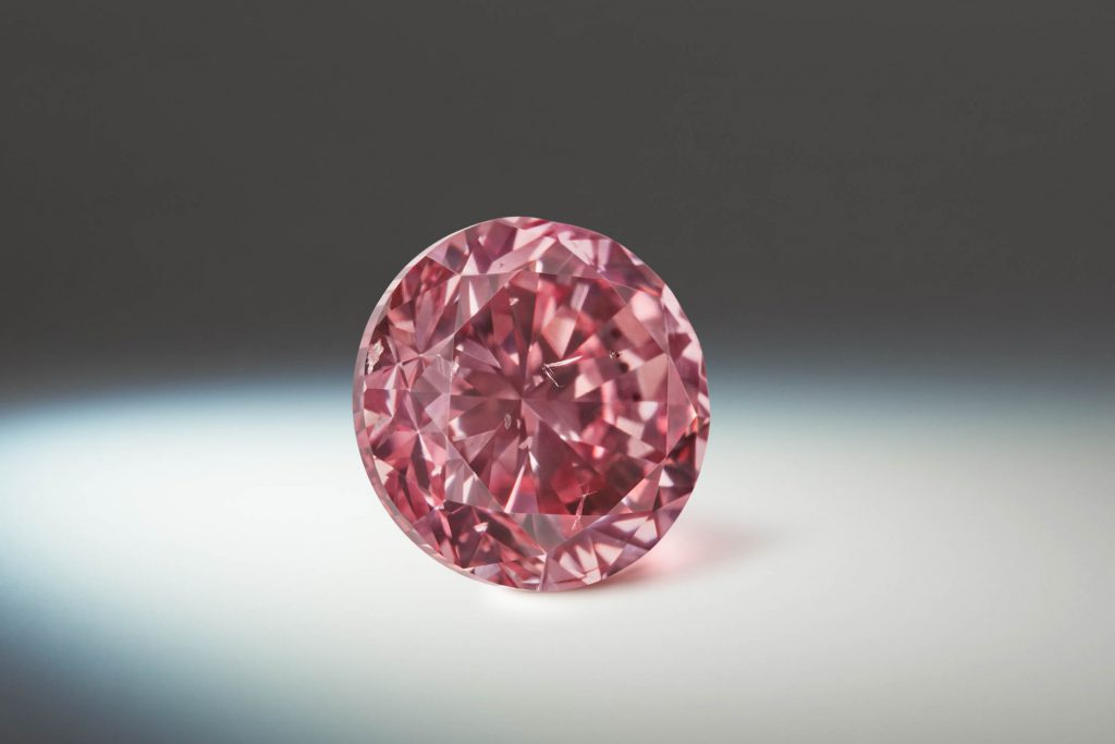 Rio Tinto Argyle diamond mine closure may prompt rush of demand for 'totally unique' pink stones